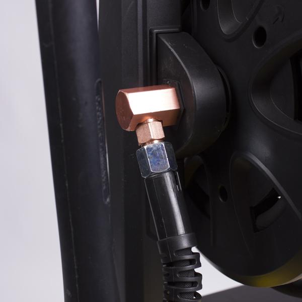 Моющий аппарат высокого давления, 2,4 кВт.,150 бар, темп.40С., 7л/мин.,асинхронный