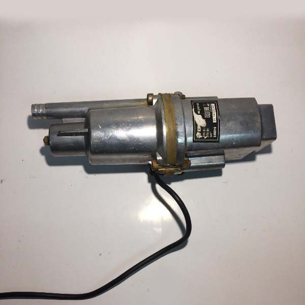 Насос вибрационный погружной НВ-250/10В, 250Вт, 16 л/мин, подъем60м, кабель 10м,верх.водозабор ЕРМАК